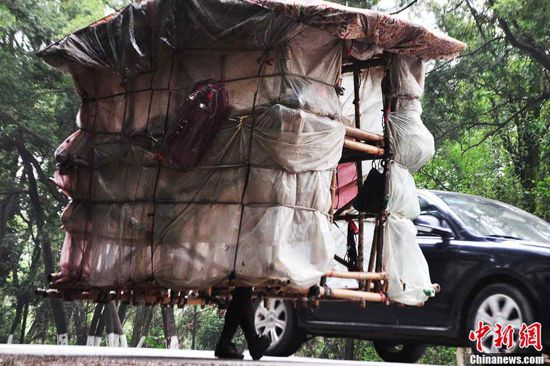 """""""Nový pohled na skutečně mobilní bydlení ?"""" Zdroj: CFP/ China News"""