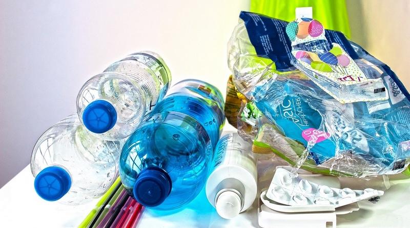 plasty plastový odpad