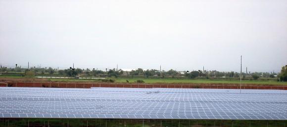 Solární park o výkonu 12,4 MW, vybudovaný v thajském Nakhon Pathom. Jeden z prvních počinů společnosti Conergy v této zemi. Zdroj: ConergyGroup.com