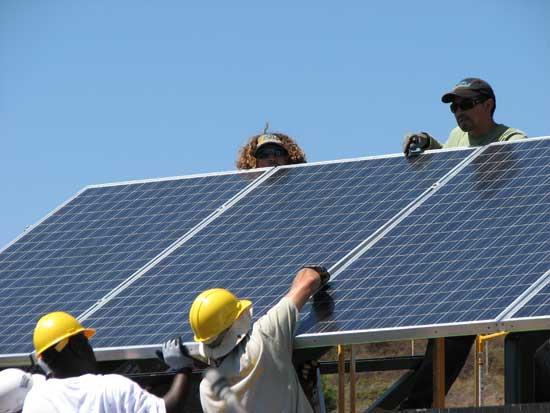 Ustojí americký trh se solární energií tlak dodavatelů z Číny? Zdroj: solarreport.net