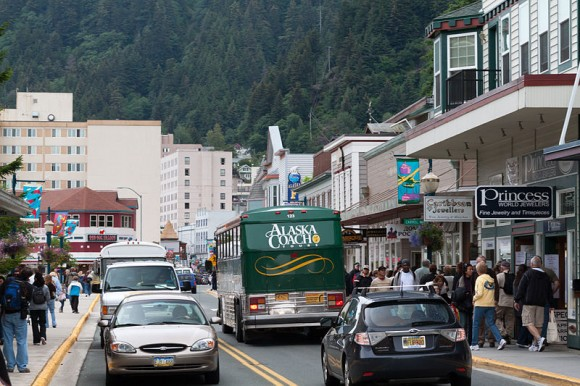 Hlavní město Aljašky spatřuje v elektromobilech ideální řešení. foto: Alan Wu, licence  Creative Commons Attribution-Share Alike 2.0 Generic