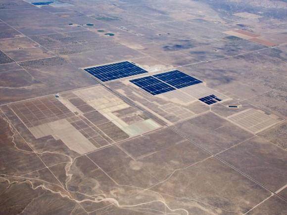 Úspěšně dohotovených projektů staveb solárních elektráren v Kalifornii přibývá závodním tempem. Zdroj: FirstSolar