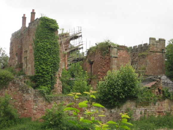 Hrad Astley. foto: Graham Burnett, Creative Commons Attribution-ShareAlike 2.0