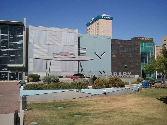 Veřejná knihovna texaské metropole El Paso. foto: B575, licence CC BY-SA 3.0, zdroj: wikimedia