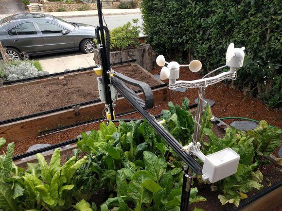 """""""Robotický zahradník zastane drtivou většinu pracovních úkonů."""" Zdroj: FarmBot"""