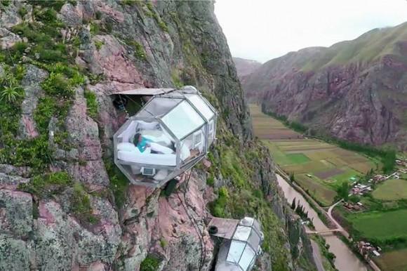 """""""Skylodge nabízí nepřekonatelný výhled i adrenalinový zážitek."""" Zdroj:NaturaVive"""