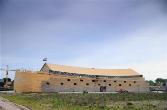 Čtyřpatrová stavba by dokázala pojmout na patnáct set párů lidí. Nebo platících návštěvníků. Zdroj: scotteriology.wordpress.com