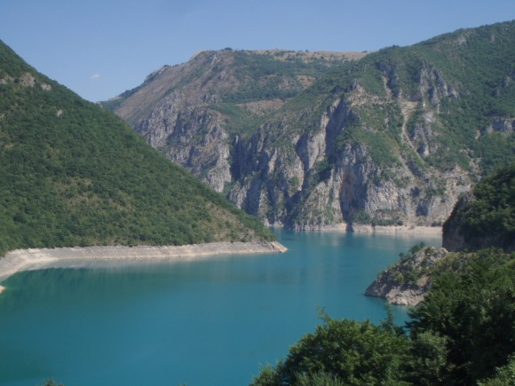 """""""Vodní nádrž zásobující hydroelektrárnu Kladovo."""" Zdroj: Radomír Dohnal"""