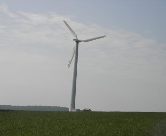 Kouzlo větrných elektráren nespočívá jen v nízkých nákladech, ale taky minimálních dopadech na životní prostředí. Zdroj: Radomír Dohnal
