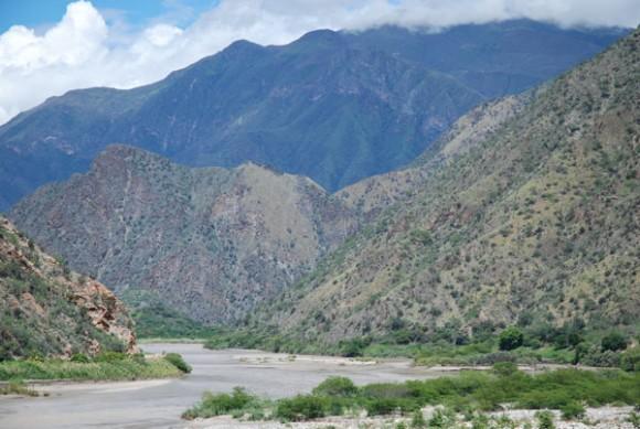 """""""Údolí řeky Marañón možná brzo zaplní voda."""" Zdroj: mongabay.com"""