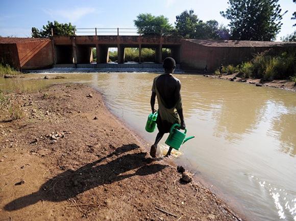 """""""Kvalita vodních zdrojů v Ghaně je alarmující."""" Zdroj: MIT"""