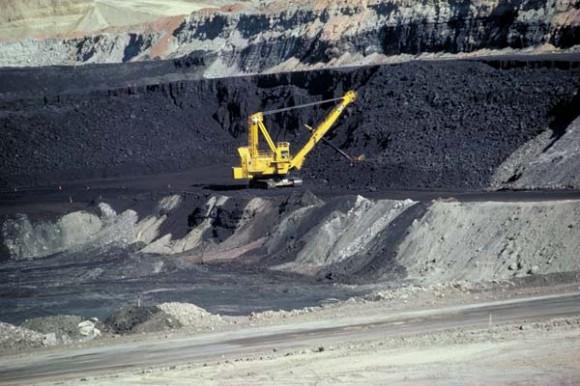 """""""Německé uhelné společnosti se ještě dlouho nemusí obávat o živobytí."""" Zdroj: wikipedia.en"""