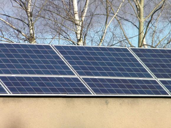Je plán na osazení milionu střech solárními panely nereálný? COSEIA na to má sedmnáct let času, a především - podporu výrobců i místních obyvatel Zdroj: archiv R. Dohnal