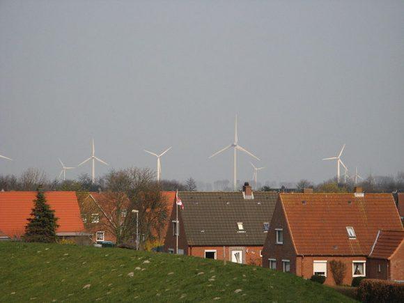 """""""K úspěchu dvou německých spolkových zemí na poli OZE přispívá blízkost zdrojů energie i rurální charakter obou zemí."""" Zdroj: Inhabitat.com"""
