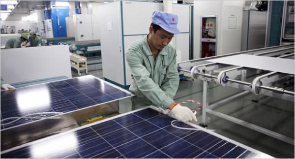 """""""Indie zatím neaplikovala žádnou formu omezení dovozu solárních panelů vyrobených vČíně."""" Zdroj: SolarFeeds.com"""