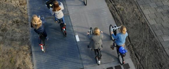 """""""Kdyby všechny cyklostezky v Holandsku překryly solární panely, nemusely by se budovat žádné energetické farmy.""""  Zdroj: Solaroad"""