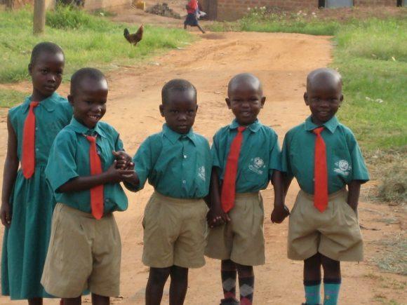 """""""Solární energie zpřístupnila technologii k záchraně dětských životů."""" Zdroj: globalexchange.org"""