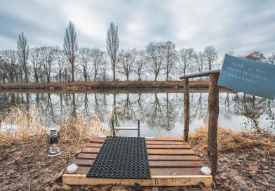 V Hradci Králové otevřena venkovní sauna u Labe