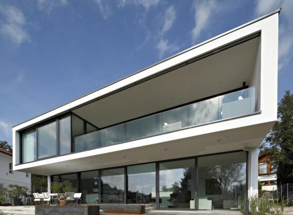 Energeticky soběstačný rodnný dům je postaven v moderním stylu, foto: Schuco