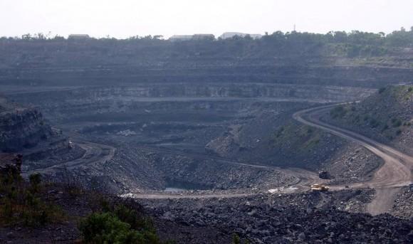 """""""Povrchový důl na uhlí vindickém Dhanbádu, přezdívaném"""