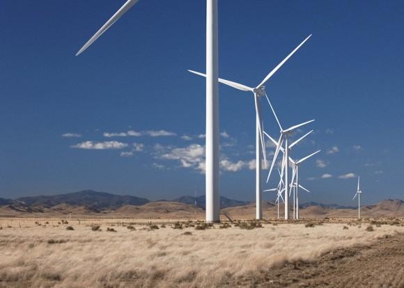 Větrné elektrárny jsou jedním z řady typů obnovitelných zdrojů energie, do kterých Čína vkládá své naděje. zdroj: Vestas, foto: Lars Schmidt
