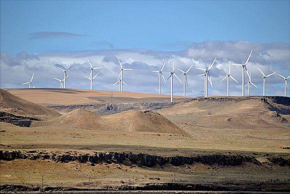 Čím jsou větrné elektrárny vyšší, tím jsou výkonnější, foto: Wikipedia