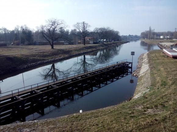 Kvalita ovzduší, půdy a vody dosahuje na některých místech České republiky kritických hodnot. foto: Jan Horčík pro Ekologické bydlení