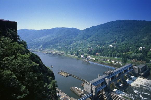Vodní přehrady jsou v případě povodní kritickým místem. foto: ČEZ (vodní elektrárna Střekov)