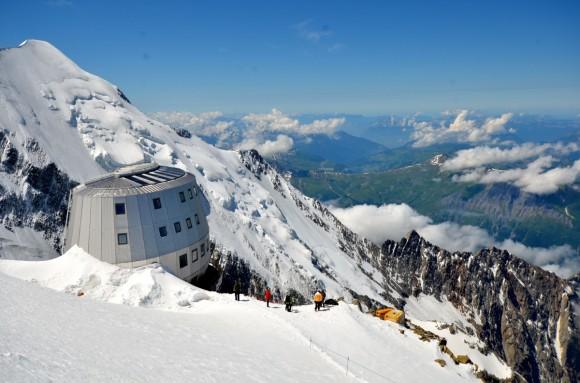Ekologická horská chata pod vrcholem Mont Blanku. foto: Schneider Electric