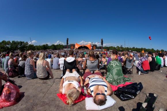 """""""Dánský festival Roskilde navštíví každoročně až 100000 fanoušků. O materiál tu nebude nouze.""""  foto: Roskilde Festival"""