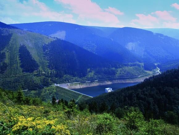 Nejznámější přečerpávací vodní elektrárnou v České republice jsou Dlouhé stráně o výkonu 650 MW. foto: ČEZ