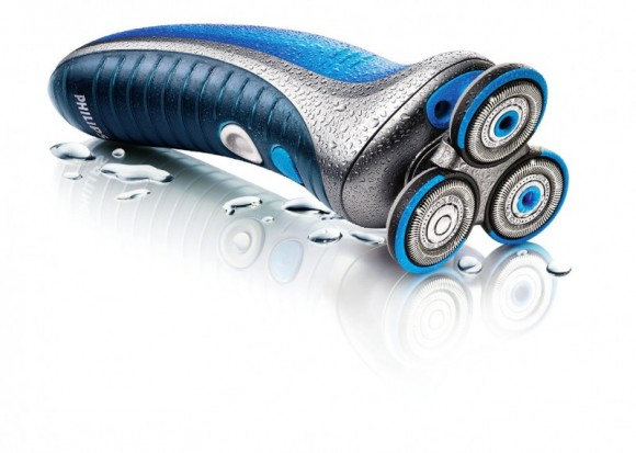 Elektrický holící strojek má dlouhou historii, přesto jej používá jen část českých mužů, foto: Philips