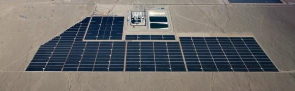 Nehostinná poušť, a nebo solární plantáž? V Boulder City mají jasno. Zdroj: First Solar