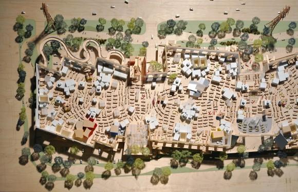 Architekt Frank Gehry není z konečné podoby projektu kampusu společnosti Facebook příliš nadšený, chyběly mu údajně výrazné rysy, tolik typické pro jeho návrhy. Zdroj: Frank Gehry/Gehry Partners