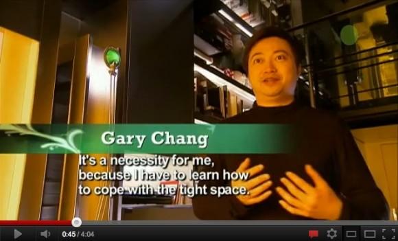 Architekt Gary Chang proměnil svůj malý byt v Hong-Kongu v rezidenci s 24 pokoji