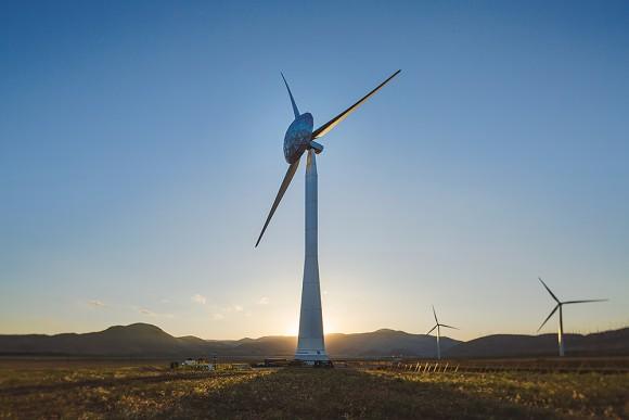 Nový typ větrné turbíny společnosti GE je vybaven speciální konstrukcí, která zvyšuje účinnost až o 3 %. foto: GE