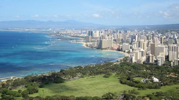 """""""Honolulu má extrémně vysoké ceny elektřiny."""" Zdroj: WikimediaCommons/Hakilom, licence Creative Commons"""
