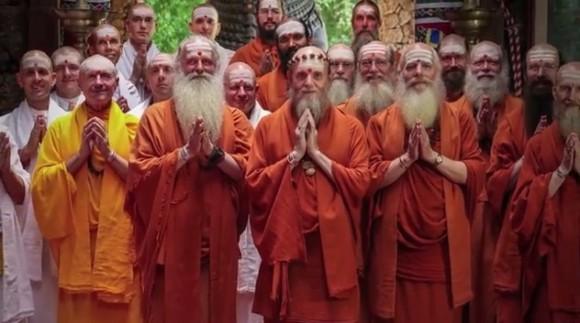 Hinduističtí mnichové na Havaji v klášteře Kadavul. foto: Kauai's Hindu Monastery