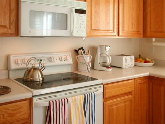 Čím větší utěsnění a izolace od vnějšího prostředí, tím větší expozice vůči polutantům z kuchyně. foto: QuickColor/sxc.hu