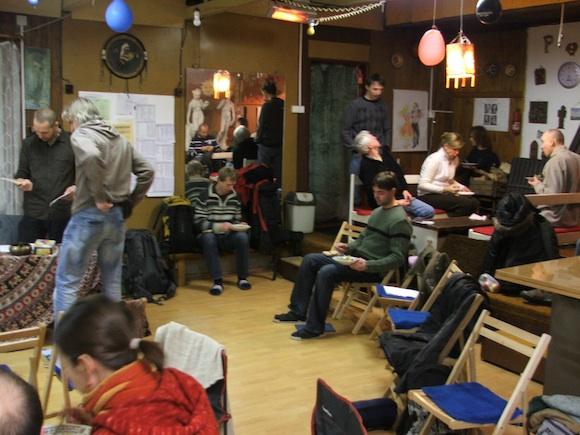 Kurz přírodního stavitelství, který proběhl začátkem února v Praze, přinesl zájemcům o tuto problematiku hromadu zajímavých informací, foto: Ekologické bydlení