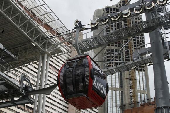Systém lanové přepravy je možné adaptovat na řadu jihoamerických metropolí. foto: Caracas Metrocable