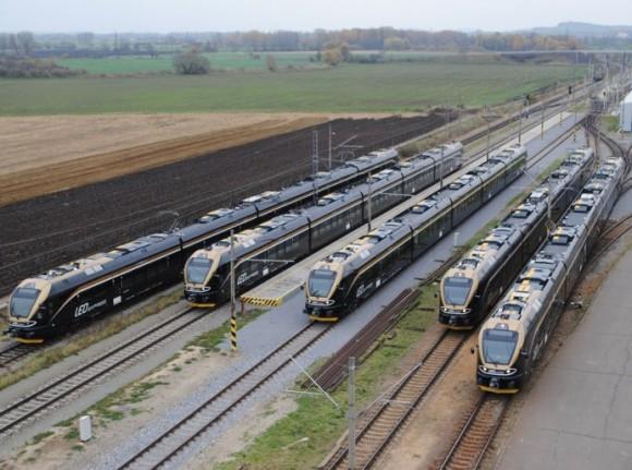 Signalizační zařízení podél tratě by se mohly stát energeticky nezávislé, a generovat elektřinu jen z průjezdu vlaků. Zdroj: LEO Express