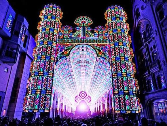 Kouzelná hra barev, která díky LED osvětlení téměř nic nestojí. Zdroj:greenmuze.com