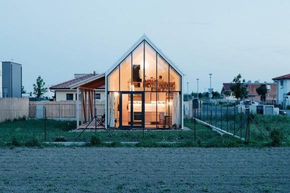 """""""Lidová architektura a její novodobé ztvárnění. Jednoduchost a kontakt s přírodou."""" foto: (c) Peter Jurkovič"""