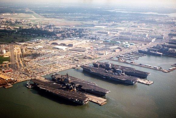 Americká námořní základna Norfolk US Navy. foto: US Navy