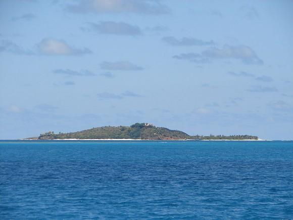 Soukromý ostrov Necker Island miliardáře Richarda Bransona v Karibiku budou pohánět čistě OZE, foto: Legis, licence Public domain