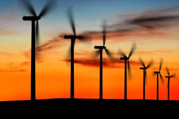 Síla větru při pobřeží Atlantiku představuje pro USA zlatý důl, ve kterém se zatím netěžilo. Zdroj: toryardvark.com