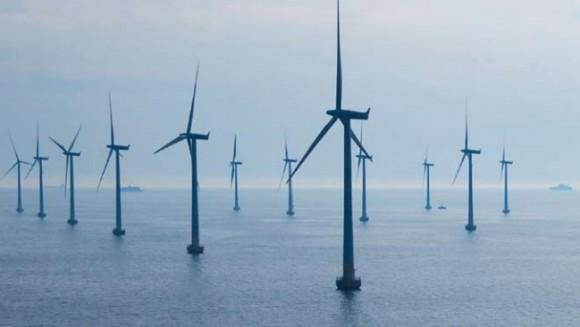 Britské pobřeží ukrývá obrovské energetické zásoby - ne ve fosilních zdrojích, ale v síle větru a moře. foto: Siemens