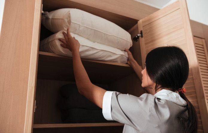 Oblečení patří do skříně! foto: ui42.Digital