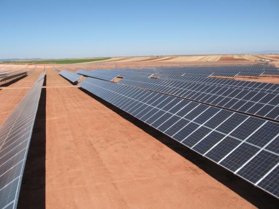 Pouště jsou pro solární elektrárny ideálním prostorem, foto: Phoenix Solar AG